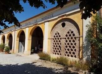 La splendida facciata della Tenuta di Solferino