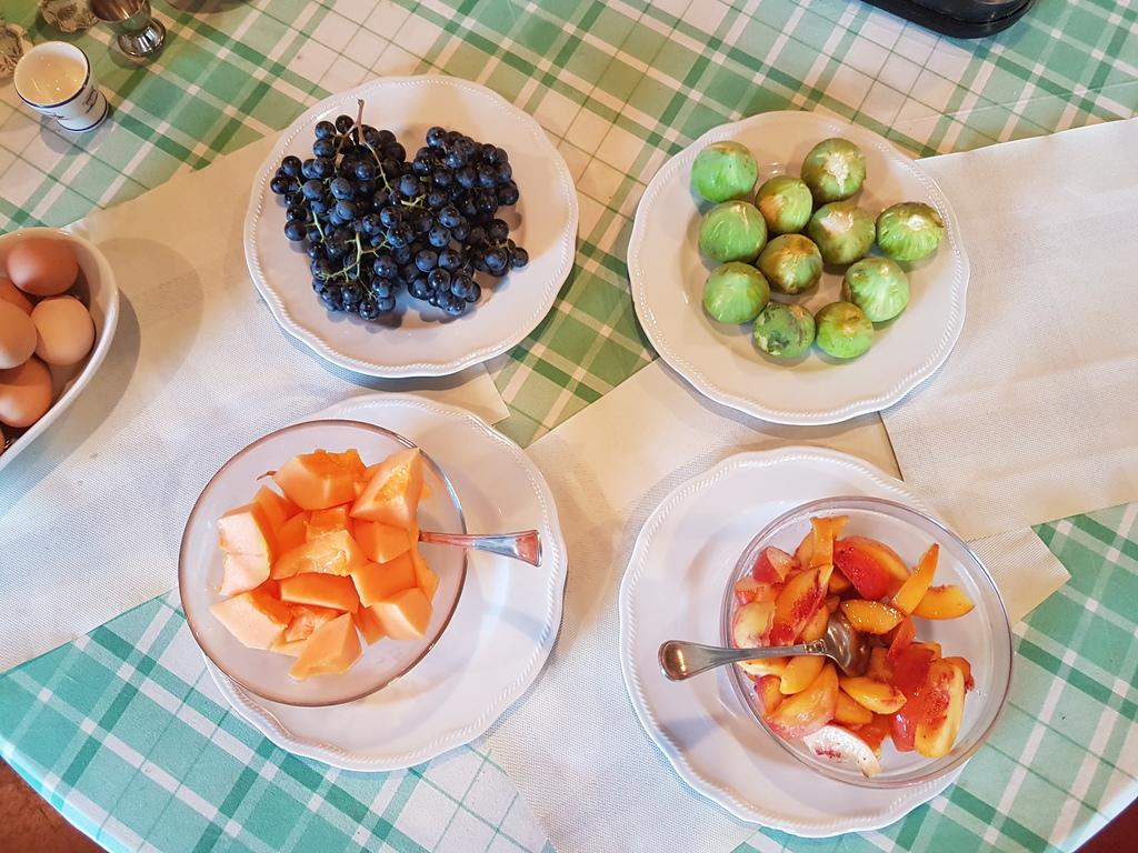 Frutta frusca e biologica della Tenuta Le Sorgive